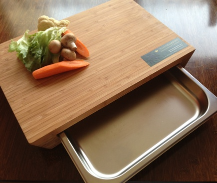 Bamboo cutting board with stainless steel kitchen sink in 18/10